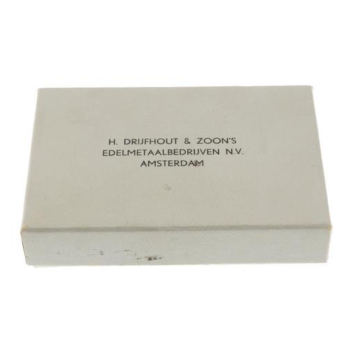 231 - Shaps Pixley, London, 1-Ounce fine silver ingots (24). Extremely fine. (24). <br>Extremely fine. <br...