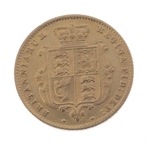 35 - Victoria, Half-Sovereign 1860 (S 3859A). Good fine.  <br>Good fine.  <br>...