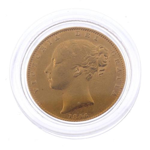 41 - Victoria, Sovereign 1846, rev. shield (S 3852). Very fine.  <br>Very fine.  <br>...