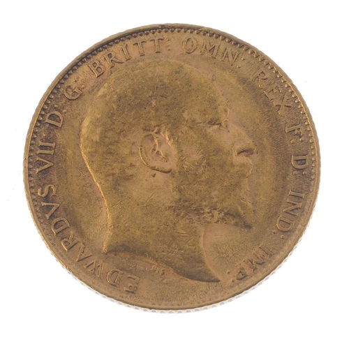 49 - Edward VII, Sovereign 1910. Very fine.  <br>Very fine.  <br>...
