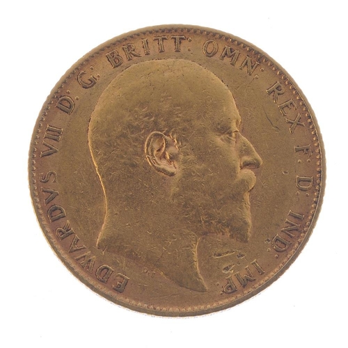 61 - Edward VII, Sovereign 1904. Fine, ex loose mount. <br>Fine, ex loose mount. <br>...