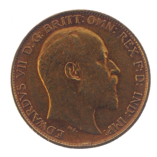 63 - Edward VII, Half-Sovereign 1902. Very fine.  <br>Very fine.  <br>...