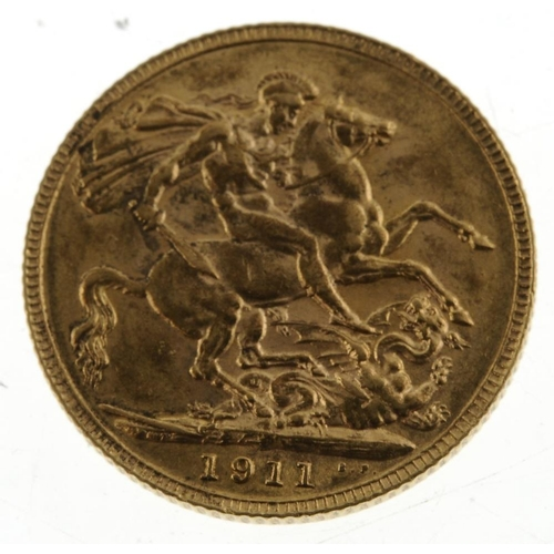 72 - George V, Sovereign 1911. Very fine, some obverse stains.  <br>Very fine, some obverse stains.  <br>...