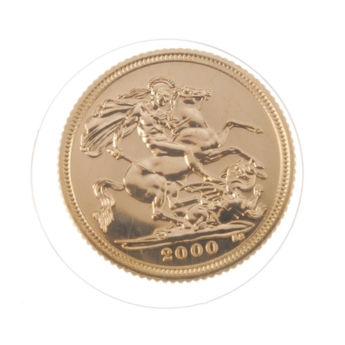 98 - Elizabeth II, Half-Sovereign 2000. As issued.  <br>As issued.  <br>...