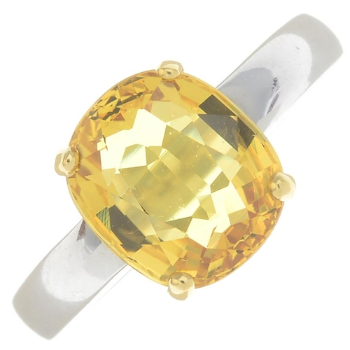 44 - An 18ct gold yellow sapphire single-stone ring.Sapphire calculated weight 3.35cts, based on estimate...