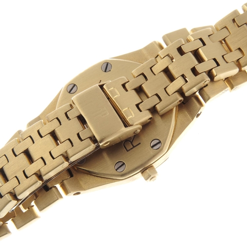 2 - AUDEMARS PIGUET - a lady's Royal Oak bracelet watch. 18ct yellow gold case. Numbered B90131. Signed ...