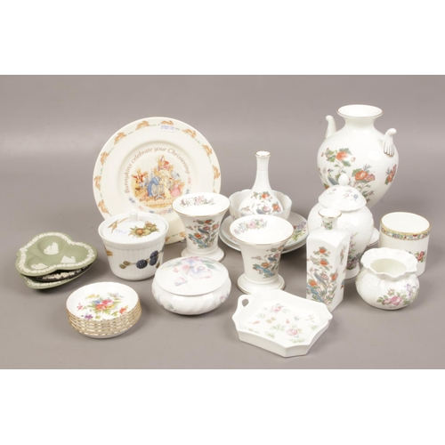 29 - A collection of ceramics to include Wedgwood, Shelley, Aynsley etc....