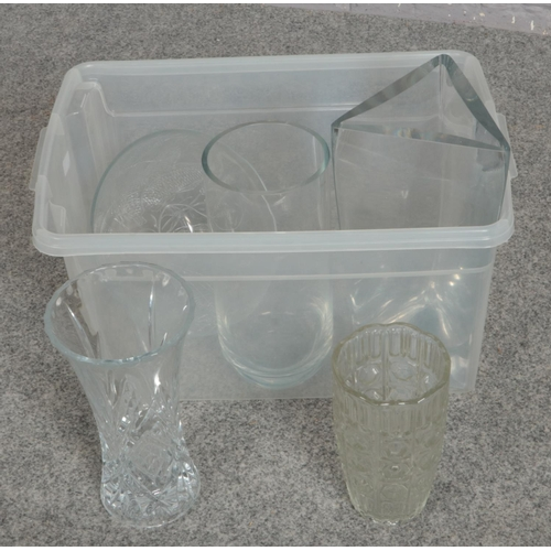 189 - A box of cut crystal glass vases and bowl...