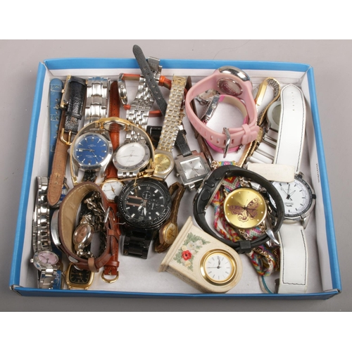 69 - A collection of wristwatches to include Reflex, Slazenger, Ben Sherman etc....