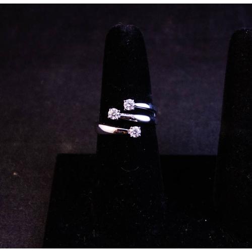 RECARLO 3 STONE DIAMOND RING IN 18K WHITE GOLD SIZE O