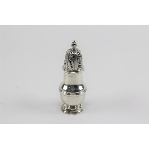50 - 1937 solid silver sugar sifter, Birmingham. 127 grams....