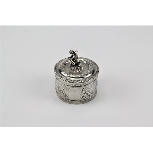 61 - A Dutch silver trinket box and cover, 925 import marked....