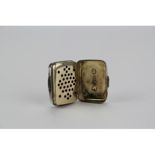 19 - A Georgian Silver & engraved Vinaigrette in the shape of a Purse, makers mark, L & Coe, Birmingham 1...