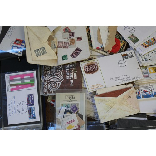 431 - A quantity of first day covers, Stanley Gibbons stamp album etc....