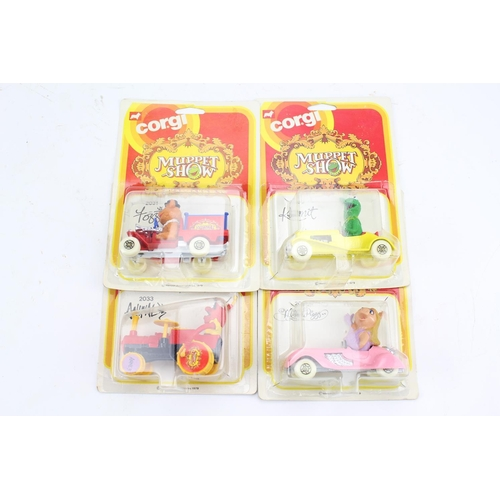 730 - 4 x Corgi Muppet Show Models in Scarce American Blister Packs to include: Kermit, Miss. Piggy, Fozzi...