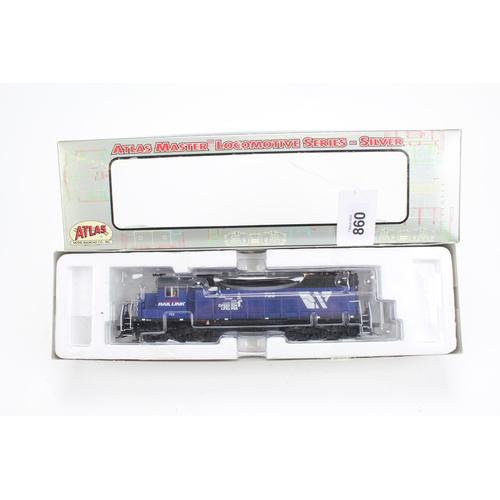860 - A Pair of Atlas Master Locomotives