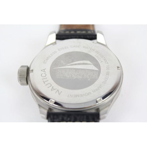 47 - A Gents Nautica stainless steel cased divers watch 100m water resistance & a Japan Movement. 50mm fa...