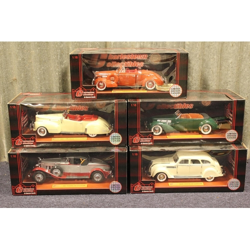 38 - A Collection of 5 x 1/18th scale Signature models all in Near Mint/Mint Condition with Excellent Box...