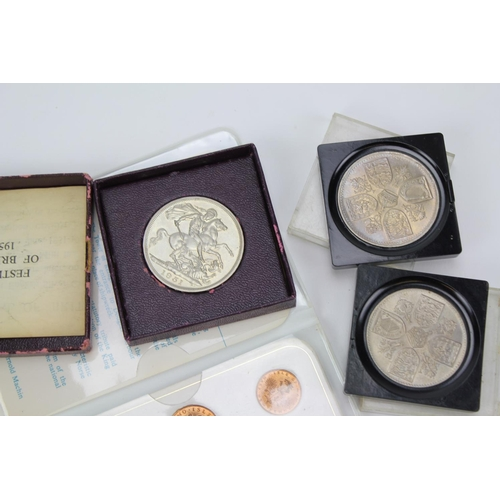 488 - A collection of coins to include a 1935 Silver Crown