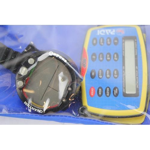 122 - A modern Divers meter in original case....
