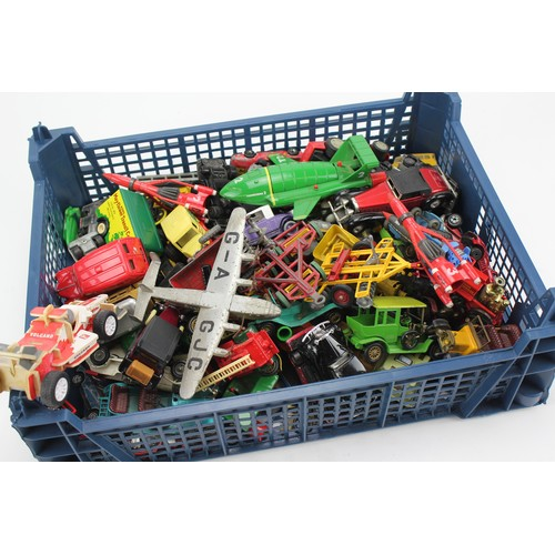 29 - A Plastic tray of over 50+ unboxed models to include: Matchbox, a Dinky Plane, Yesteryears, etc....