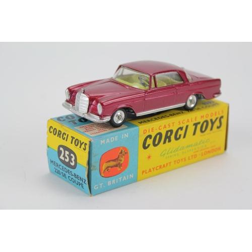 53 - Corgi No: 253