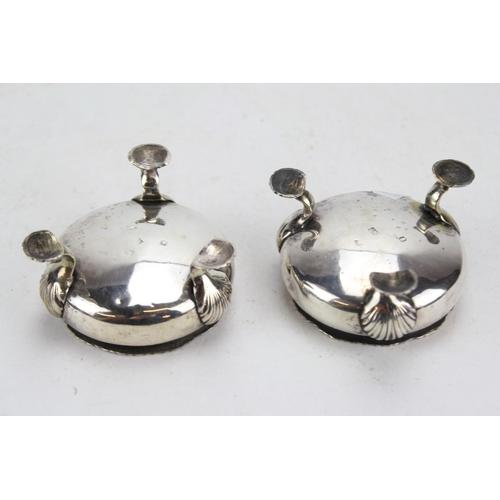 18 - A Pair of Heavy Georgian Silver Pad Feet Salt cellars, Hallmarked for London, Maker GR. Weighing: 18...