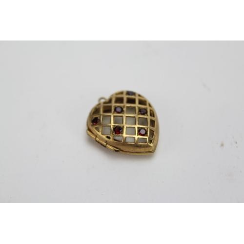 98 - A Lovely 9ct Gold Heart in an Original Box. Weight: 3.4g...