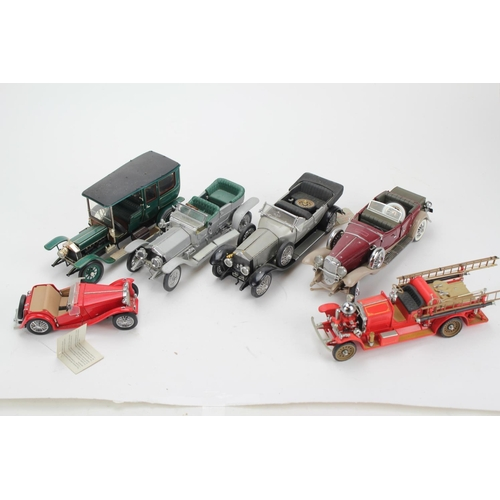 320 - A Collection of 6 x 1/24th Scale Danbury/Franklin Mint Model Cars to include: 2 x Rolls Royce, M.G.,...