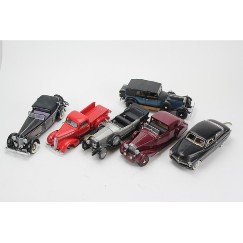 321 - A Collection of 6 x 1/24th Scale Danbury/Franklin Mint Model Cars to include: 3 x Rolls Royce, 1 x D...