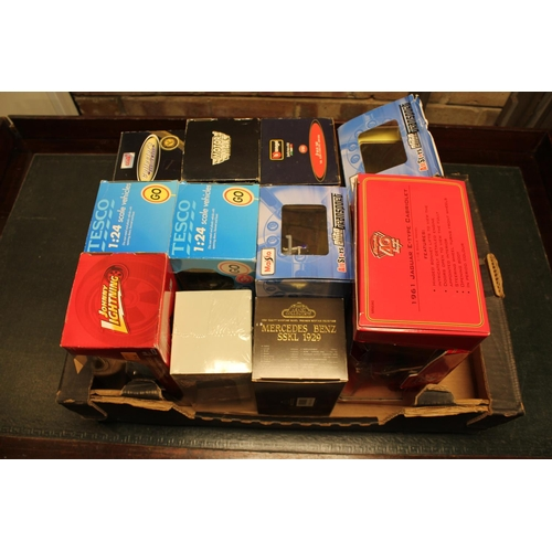 336 - 10 x 1/24th Scale Boxed models along with a 1/18th scale Jaguar E Type. Makes including Burago, John...