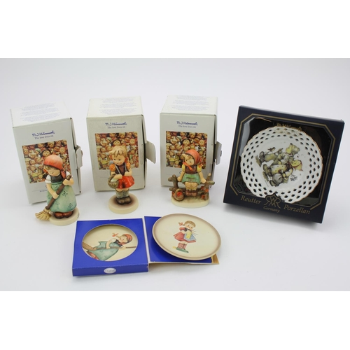 447 - Various Hummel items to include sweeper, girl on fence, Hummel decorative plates.