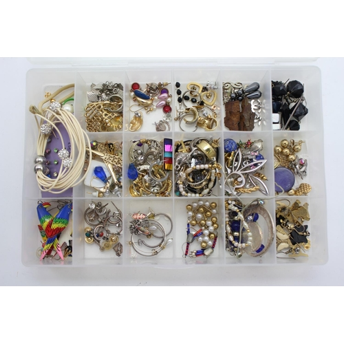 83 - A box containing Costume Jewellery to include earrings, bracelets, etc.