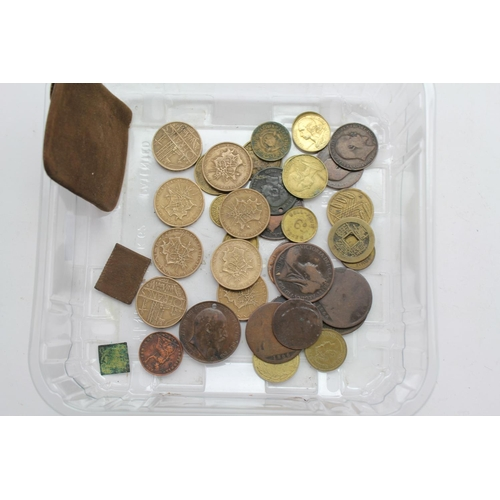 246 - A Collection of Bronze Coins to include U.K. Pennies & Half Pennies along with a selection of Foreig...