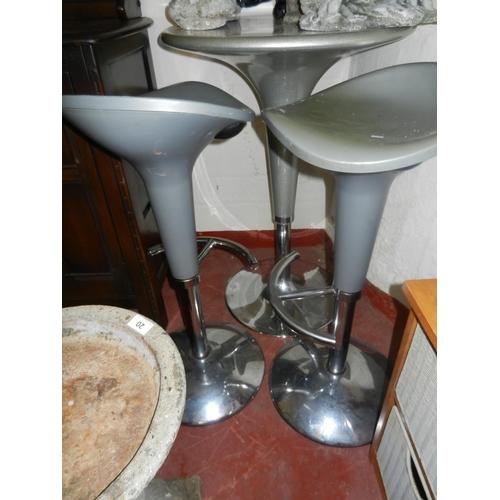 19 - TALL PLASTIC GARDEN TABLE & 2 HIGH STOOLS...