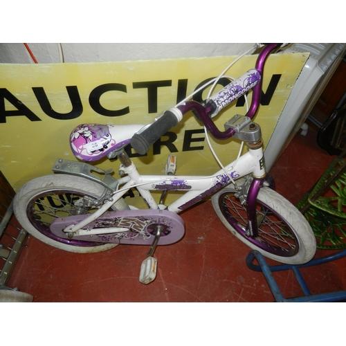 26 - GIRLS BICYCLE...