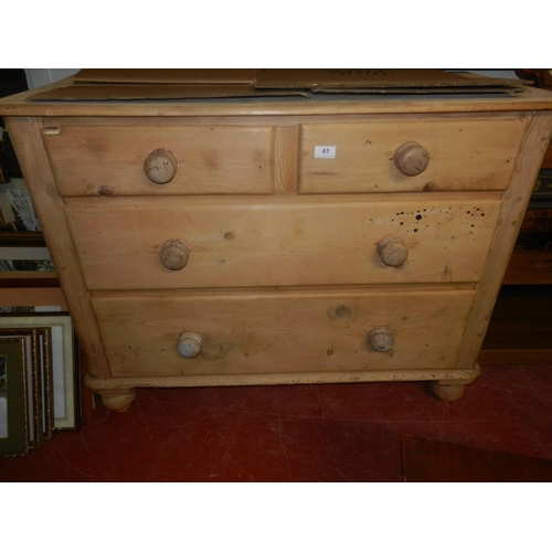 41 - FARMHOUSE PINE 2 OVER 2 CHEST OF DRAWERS...