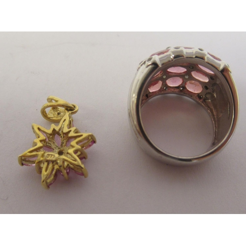 34 - Gold mounted jewellery: to include a 9ct Padparadscha sapphire ring