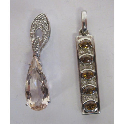 9 - Gold mounted jewellery: to include a 9ct Morganite pendant