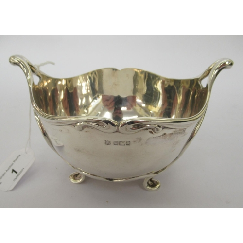 1 - An Art Nouveau silver twin handled bowl with applied organically inspired ornament Sheffield 1904 8...