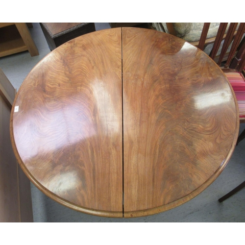 19 - A mid 19thC mahogany pedestal centre table, raised on a bulbous column, splayed circular base and pa...