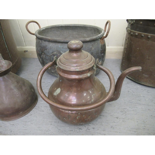 38 - 19thC metalware: to include a copper copper with opposing ring handles 14