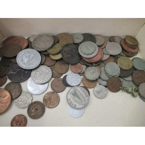 53 - Uncollated British pre-decimal world coins and Royal Mint coinage of Great Britain sets