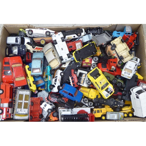 17 - Uncollated diecast model vehicles, recovery, emergency services, sports cars and convertibles: to in...