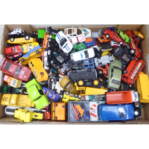 2 - Uncollated diecast model vehicles, recovery, emergency services, sports cars and convertibles: to in...