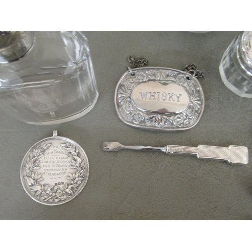 184 - Silver and silver coloured metal collectables: to include dressing table jars mixed marks