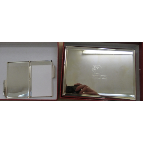 289 - A mixed lot: to include a silver plated galleried, twin handled tray 24