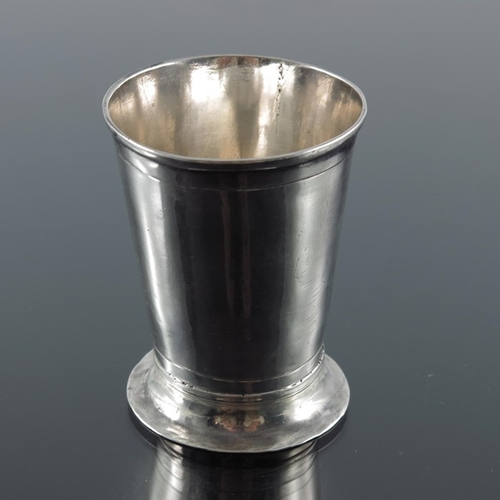14 - A 17th century Norwegian silver beaker, Bergen circa 1670, conical form with splayed foot, incised r...