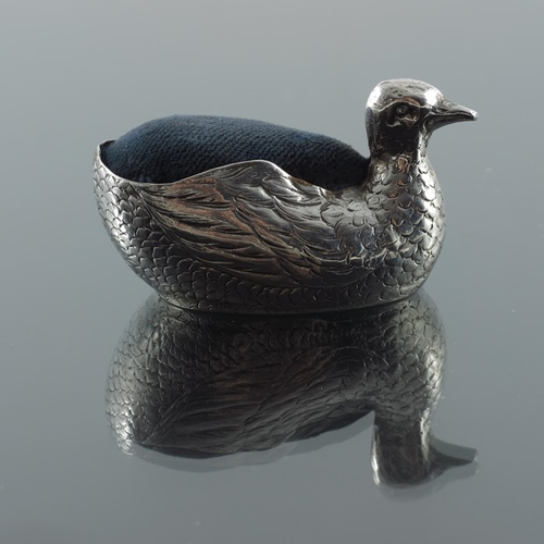 38 - An early 20th century Continental silver novelty pin cushion, Hanau pseudo marks, circa 1900, modell...