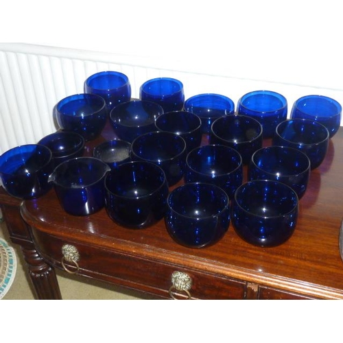 111 - A selection of various 19th and 20th Century Bristol Blue style Glass Rinsers/Washers etc., (20)...